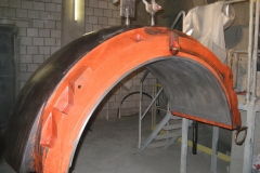 13_Ausbau-und-den-Wechsel-der-Lagerschale-einer-Zementmühle-im-Zementwerk-Vigier-bei-Pery-in-der-Schweiz-Schrader-Montage-GmbH